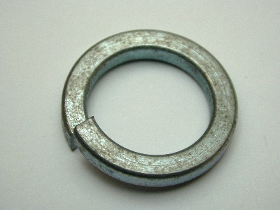 B414 - pack 50 spring washer  12mm