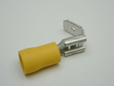 B652 Electrical Terminal (Pack 30)Yellow piggy back