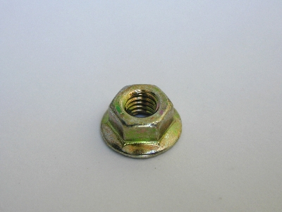 B807 - Nuts -Pack 100 - 4mm Flange Nut